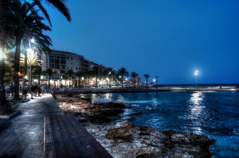Sea walk in Torrevieja