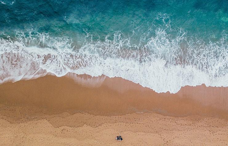 Vista de pájaro de playa