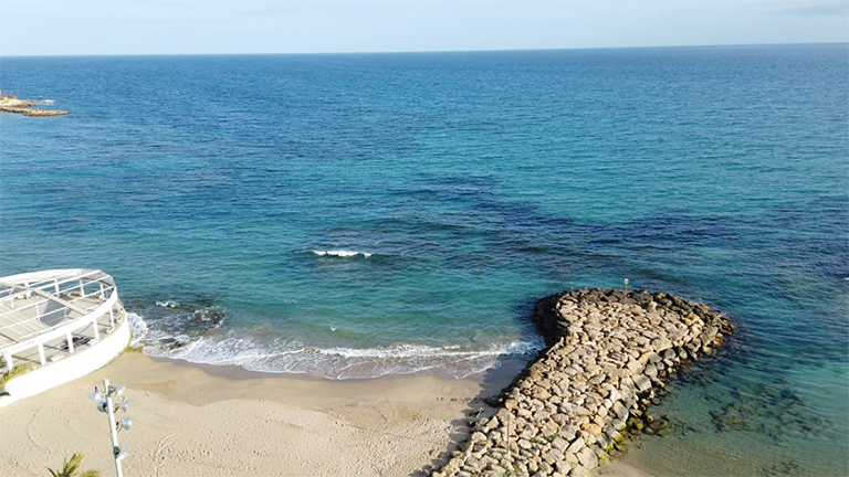 Vista de la playa del Cura en Torrevieja